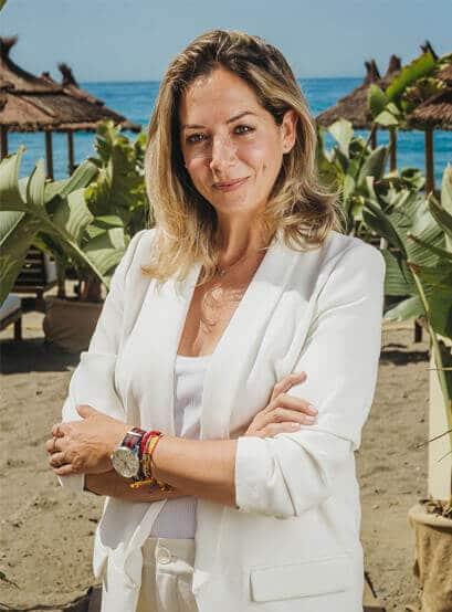 Trudy Chinarro - salduna beach - restaurante y beach club